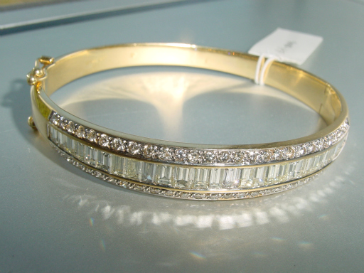 bracelet prong pave diamond bangles ladies baguette white round and gold set bangle